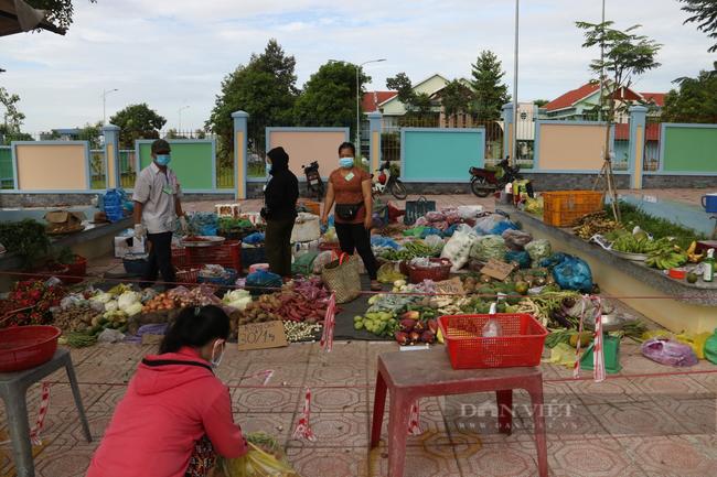 Bình Dương thí điểm mô hình chợ ngoài trời để cung cấp thực phẩm, phòng dịch Covid-19 - Ảnh 5.