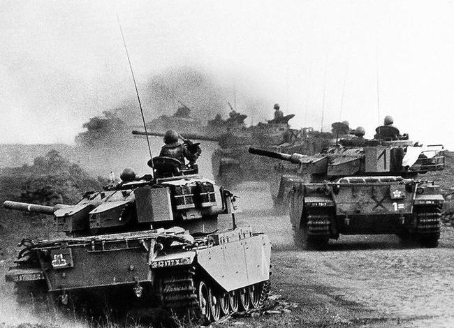 """Những lần đối đầu giữa Liên Xô và Mỹ khiến thế giới phải """"nín thở"""" - Ảnh 9."""