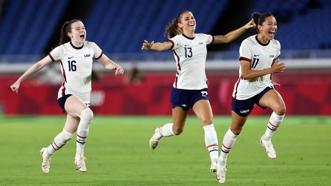 Alex Morgan: Cầu thủ xinh nhất ở bán kết bóng đá nữ Olympic 2020 - Ảnh 2.