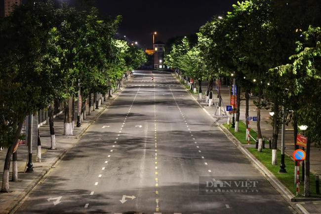 Ảnh: Nhiều người quay xe trong đêm đầu tiên Đà Nẵng giãn cách xã hội - Ảnh 6.