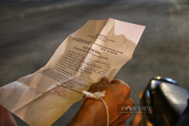 Ảnh: Nhiều người quay xe trong đêm đầu tiên Đà Nẵng giãn cách xã hội - Ảnh 8.