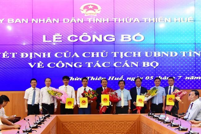 Thừa Thiên Huế công bố quyết định bổ nhiệm lãnh đạo các sở Tài Chính, NNPTNT và Du lịch  - Ảnh 1.