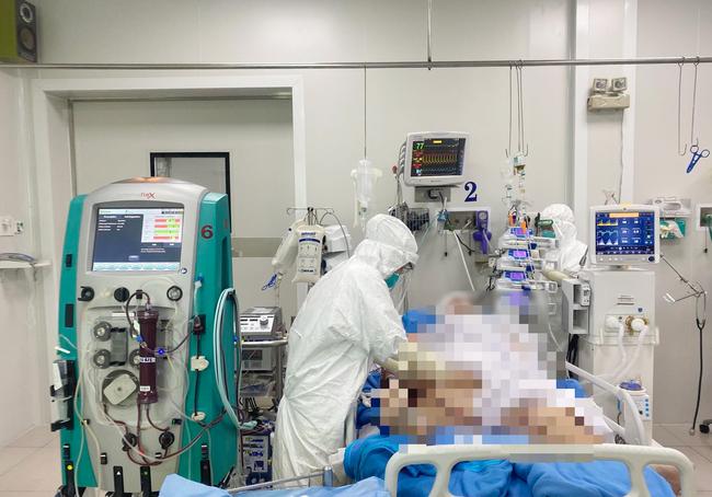 Hai bệnh nhân Covid-19 phải chạy ECMO tại Bệnh viện Chợ Rẫy đã qua cơn nguy kịch - Ảnh 1.