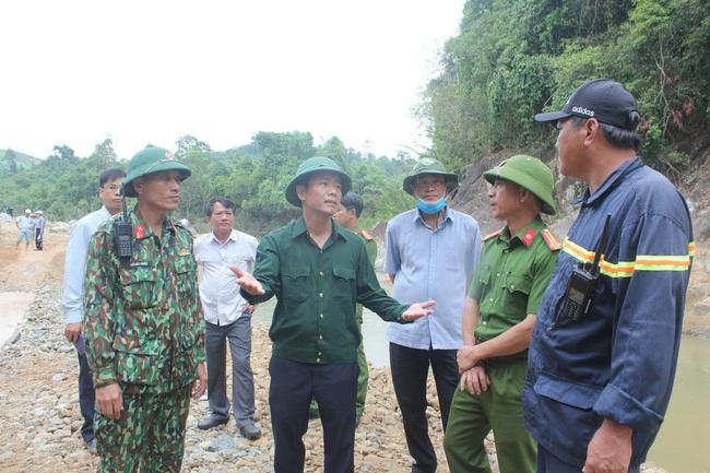 TT-Huế yêu cầu xả nước thủy điện Rào Trăng 4 để sẵn sàng tìm 11 người mất tích giữa lòng hồ  - Ảnh 1.