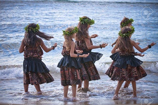 Mỹ: Hawaii quá tải du khách, khiến giới chức phải có động thái lạ - Ảnh 10.