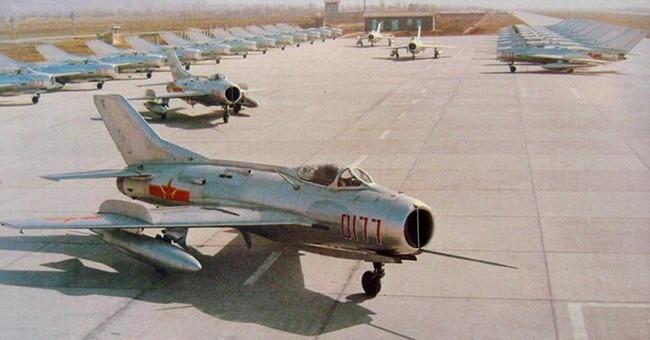Tại sao Liên Xô không viện trợ trực tiếp MiG-19 cho Việt Nam? - Ảnh 21.