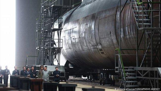 Tàu ngầm của Triều Tiên luôn là bí ẩn mà chưa có lời giải? - Ảnh 19.