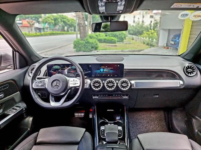Mercedes-Benz GLB 200 AMG lướt lên sàn xe cũ, người dùng lỗ hơn 300 triệu đồng - Ảnh 4.