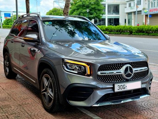 Mercedes-Benz GLB 200 AMG lướt lên sàn xe cũ, người dùng lỗ hơn 300 triệu đồng - Ảnh 1.