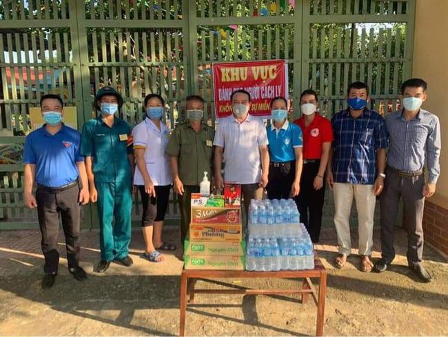 Hội Nông dân Nghệ An chung sức cùng lực lượng chức năng chung tay phòng chống dịch Covid-19 - Ảnh 1.