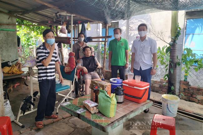 Quảng Nam: Hội Nông dân thị xã Điện Bàn chia sẻ yêu thương, chung tay phòng chống dịch Covid 19 - Ảnh 2.