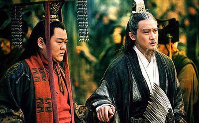 Lưu Bị đã nói gì mà khiến Gia Cát Lượng nghe xong, đến chết cũng không dám soán ngôi của Lưu Thiện - Ảnh 1.