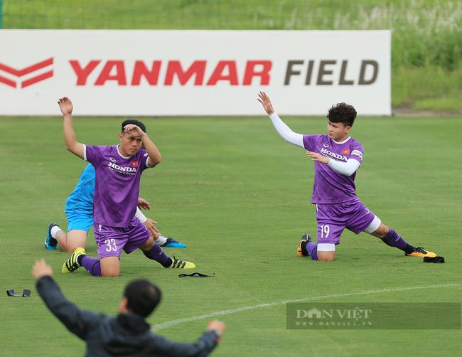 Văn Toàn và Tuấn Anh tập riêng trong buổi tập đầu tiên của đội tuyển - Ảnh 11.