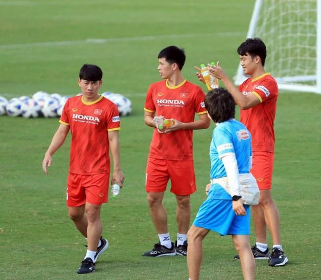 Thống kê gây ám ảnh: 12 tuyển thủ ĐT Việt Nam chấn thương trong 2 năm - Ảnh 1.