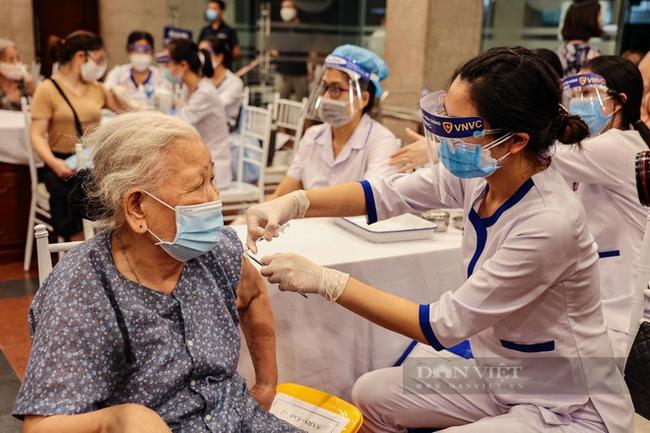 Bí thư Hà Nội: Không vì được tiêm vaccine rồi mà chủ quan, coi thường phòng dịch - Ảnh 2.