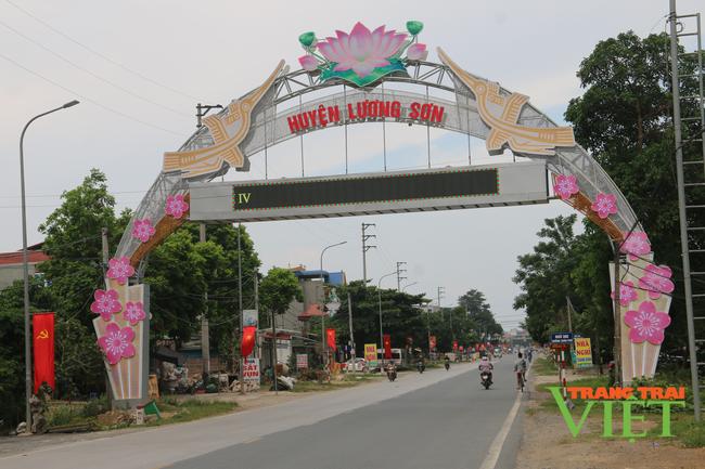 Hoà Bình: Cho phép học sinh ở huyện Lương Sơn tựu trường - Ảnh 1.