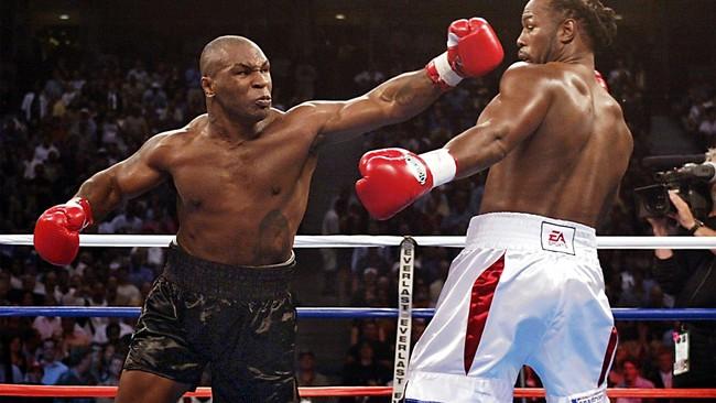 """Mike Tyson đòi """"xử cả nhà"""" đối thủ và cái kết đắng - Ảnh 1."""