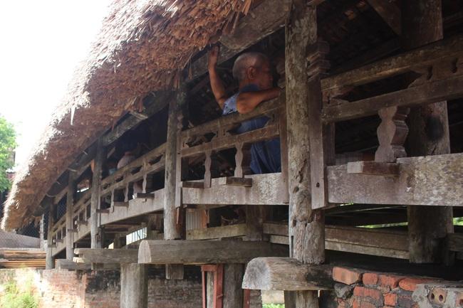 Thưởng lãm cầu lợp làng Kênh có tuổi thọ hàng trăm năm, 'độc nhất vô nhị' ở Việt Nam - Ảnh 8.