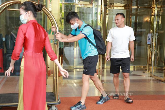 Công Phượng cùng dàn soái ca của đội tuyển Việt Nam hội quân cùng đội tuyển - Ảnh 13.