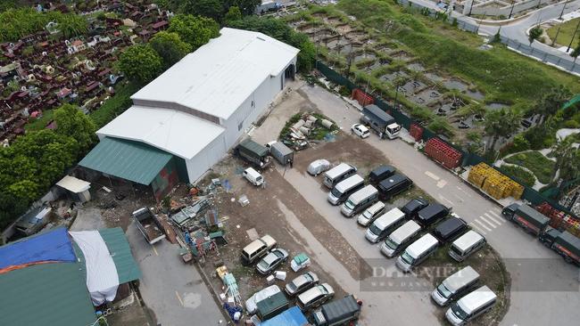 """Quận Hoàng Mai, Hà Nội: Nhan nhản điểm giao nhận hàng hoá """"chui"""", tiềm ẩn nguy cơ lây lan Covid-19 - Ảnh 2."""