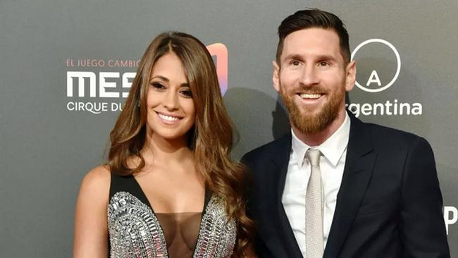 Choáng: Messi vung 41 triệu bảng mua tòa lâu đài ở Paris - Ảnh 1.