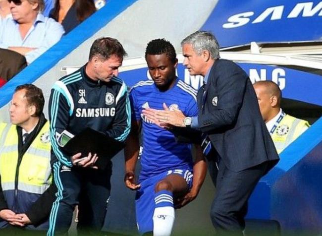 Obi Mikel từng là học trò ưu tú của Mourinho. Ảnh: Getty