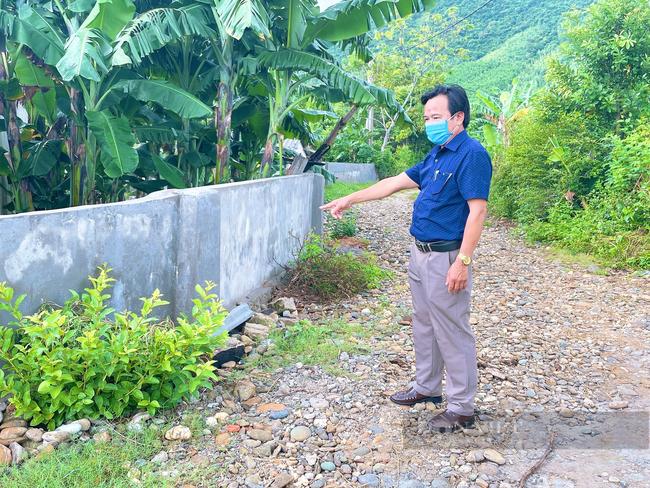 Quảng Bình: Giáo xứ Thủy Vực hiến đất, dỡ bỏ tường rào làm đường nông thôn mới - Ảnh 5.