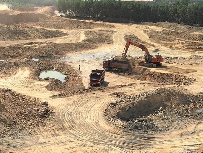 TT-Huế: Sai phạm trong khai thác khoáng sản, 2 doanh nghiệp bị xử phạt tiền tỷ  - Ảnh 1.