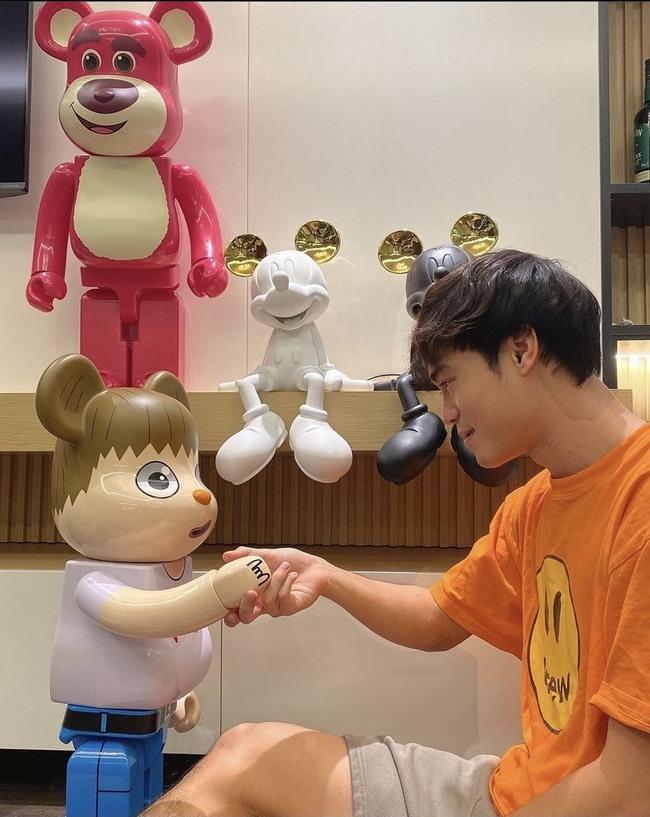 Tin tối (25/9): Fan trầm trồ với bộ đồ chơi hàng trăm triệu của Văn Toàn - Ảnh 1.