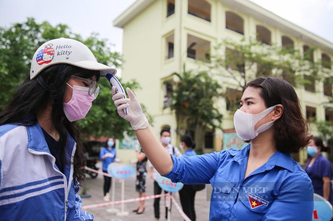 """Hà Nội xây dựng 4 kịch bản dạy học, phụ huynh và trường """"vùng xanh"""" mong mỏi ngày đi học lại - Ảnh 1."""