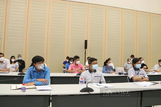 Doanh nghiệp ở Bình Dương mong muốn được tiêm vaccine cho công nhân và nới lỏng lưu thông - Ảnh 1.