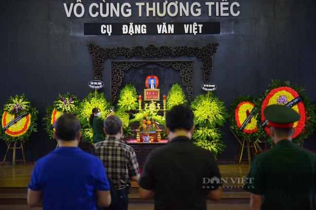 """Người thân, đồng đội đưa tiễn """"Hùm xám đường số 4"""" Đặng Văn Việt  - Ảnh 2."""