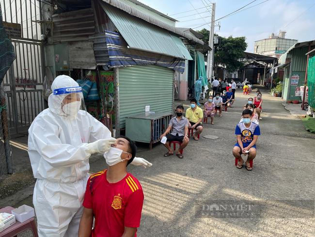 """Bác sĩ Nguyễn Lân Hiếu : """"Vai trò của lãnh đạo địa phương rất quan trọng trong việc giảm số ca mắc Covid-19 tử vong"""" - Ảnh 1."""