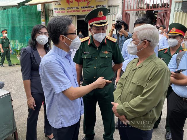 """Bác sĩ Nguyễn Lân Hiếu : """"Vai trò của lãnh đạo địa phương rất quan trọng trong việc giảm số ca mắc Covid-19 tử vong"""" - Ảnh 3."""