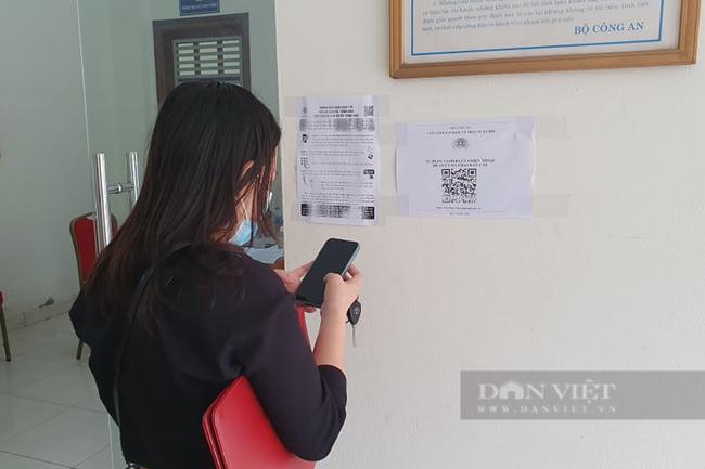 Doanh nghiệp loay hoay vì vẫn chưa xin được giấy đi đường ở Hà Nội - Ảnh 2.