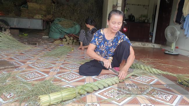 Ninh Bình: Đưa rơm khô xuất ngoại, nông dân ở đây có thêm thu nhập khá - Ảnh 6.