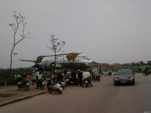Sự thật máy bay chở khách hạ cánh trên cầu Vĩnh Tuy