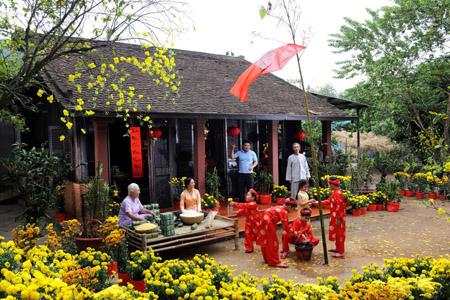 Đón Tết cổ truyền là một phong tục quý báu của người dân Việt Nam được gìn giữ đã nhiều thế hệ