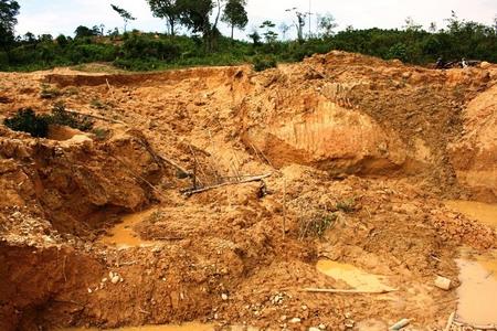 Hiện trường một vụ sập hầm vàng ở Quảng Nam.
