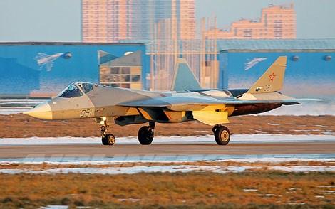 Tiết lộ hiện tại cho thấy Su T-50 chỉ áp dụng công nghệ tàng hình truyền thống như lớp phủ, góc cạnh máy bay...