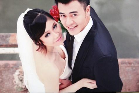 Vợ chồng MC Tuấn Tú