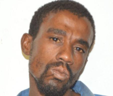 Koma đang kiện bác sĩ Mutambara, 48 tuổi, vì lý do đã tạo kích thước quá lớn cho bộ phận quý báu của anh trong một ca phẫu thuật