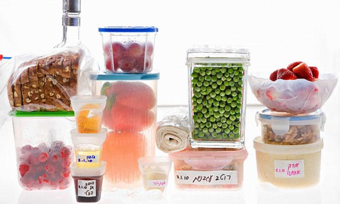 Cân xếp riêng các loại thực phẩm trước khi bảo quản trong tủ lạnh.