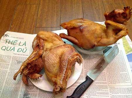 2 con gà cúng đã được chị Vĩnh Quyên chế biến thành ruốc gà