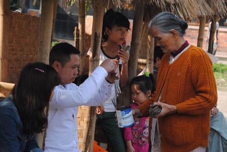 Sự cuốn hút của hội bài chòi ở xã Thủy Thanh đã giúp đẩy lùi tệ nạn tại đây.
