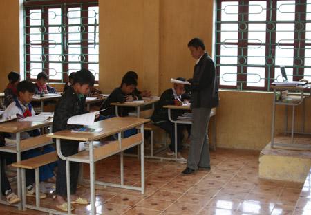 Sau Tết Nguyên đán, nhiều trường vùng cao có số học sinh đến lớp gần đủ.