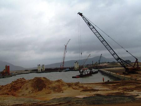 Tập đoàn Tata Ấn Độ vừa tuyên bố rút dự án thép 5 tỷ USD tại Khu kinh tế Vũng Áng, Hà Tĩnh (ảnh minh họa).