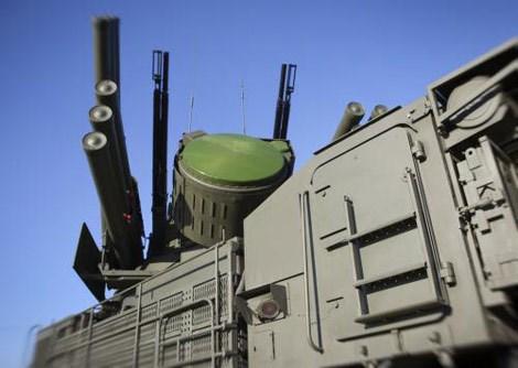 Pantsir-S1 sở hữu khả năng phòng không cực mạnh nhờ thiết kế độc đáo, kết hợp giữa tên lửa phòng không và pháo tự động 30mm.