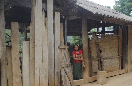 Một người vợ Lào ở bản Ta Đo.
