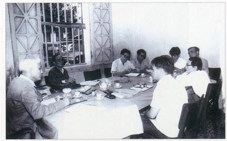 Ban trù bị Đại hội đại biểu Hội Nông dân tập thể họp bàn quyết định ra bản tin Nông dân mới, tiền thân của Báo NTNN  (tháng 4.1984).